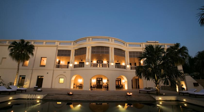纳德萨瑞宫殿酒店