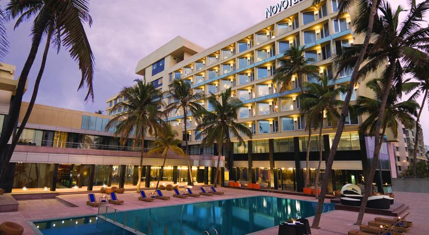 珠瑚海滩诺富特酒店